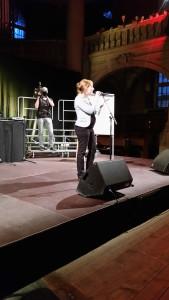 Erster Auftritt an einem Slam-Poetry-Wettbewerb: Die Berner Pfarrerin Martina Schwarz