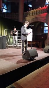 Preacher-Slam: Philipp König, Pfarrer und aufbruch-Mitarbeiter.