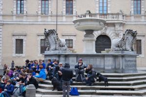 Kriminalisierung und Entrechtung - vom Mittelmeer bis zum Nothilfelager in Zürich @ Volkshaus